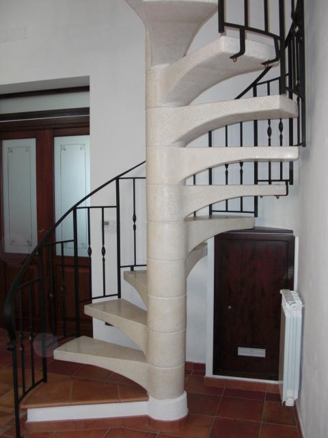 Scale a chiocciola scale di pira - Cancelletti per scale a chiocciola ...