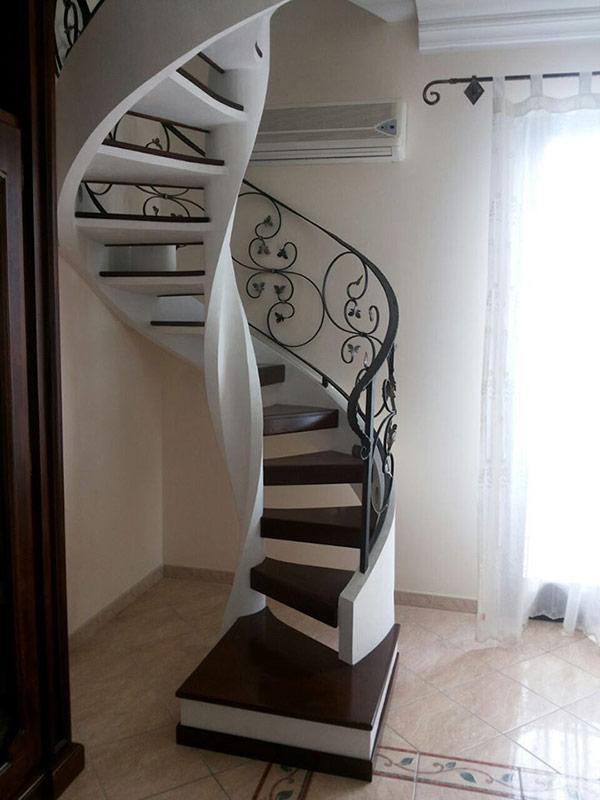 Scale elicoidali scale di pira - Scale a chiocciola foto ...