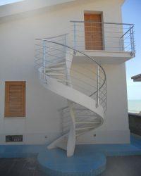 scala a vista da esterno