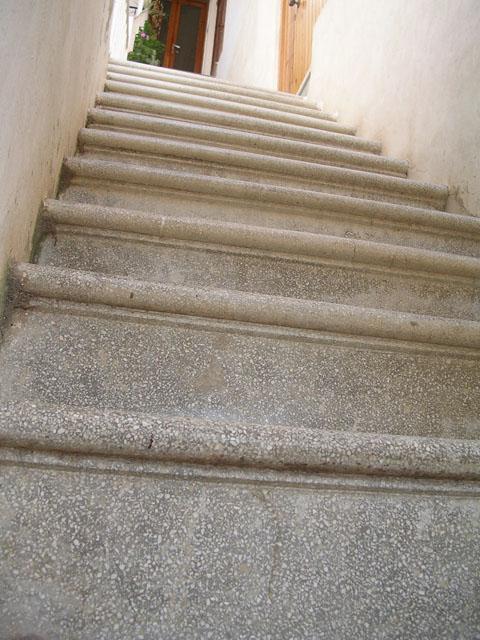Scale a sbalzo scale di pira - Gradini in cemento per esterno ...
